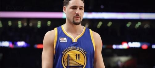 Kyrie Irving-Klay Thompson trade talk surfaces. [Image via The Fumble/Youtube]