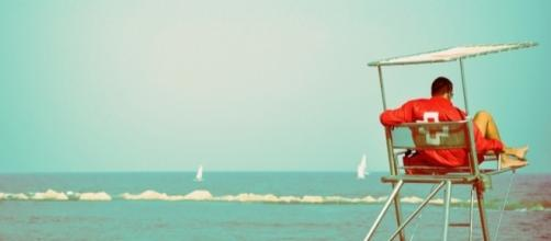 Good Samaritans Lifeguard | credit, linn cling, flickr.com