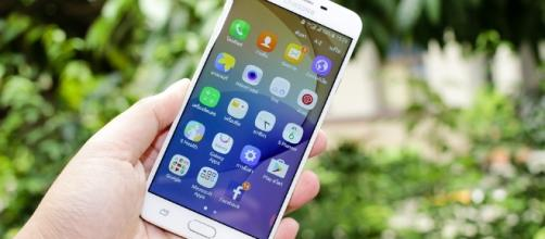 Samsung: leaks revealed another expected smartphone and its specifications. {Image credit: Pixabay}