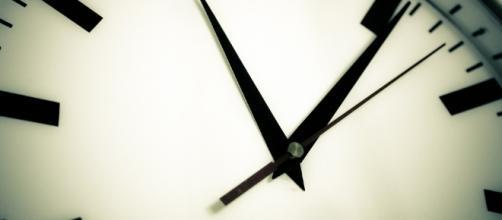 Time is short. Image via Pixabay