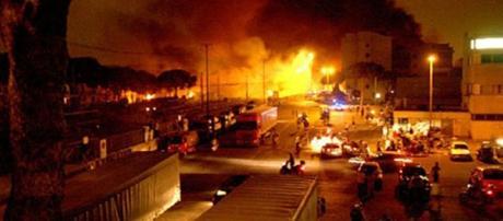 Le immagini della strage di Viareggio.