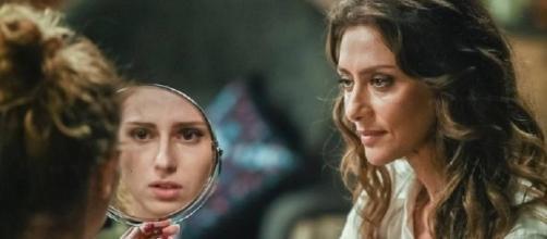 """""""A Força do Querer"""": Ivana foge de casa e choca a todos ao reaparecer completamente transformada"""