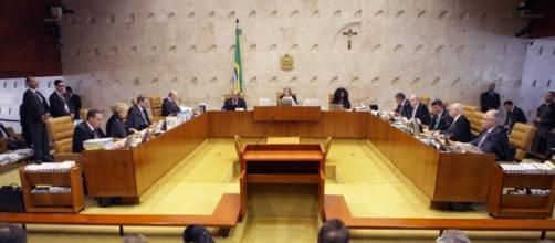 Cármen Lúcia 'bate o pé' e não concorda com o reajuste dos juízes