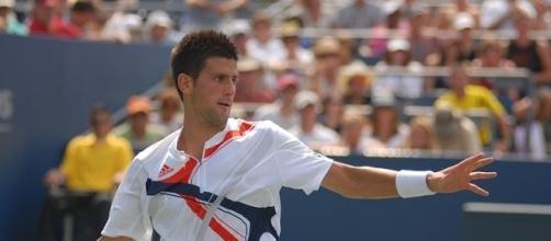 Here's a list of tennis players - wikipedia.org/wiki/Novak_Djokovic