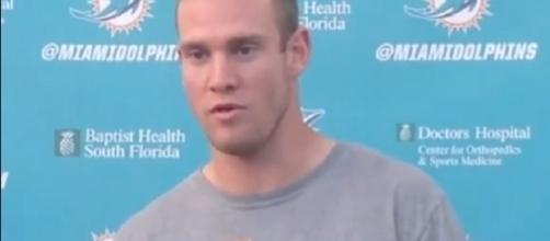 Ryan Tannehill's left knee suffered no structural damage – South Florida Sports Network via YouTube