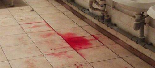 Sangue in caserma dopo accoltellamenti