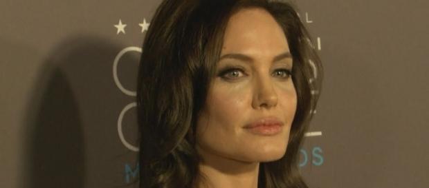 Angelina Jolie - Entertainment Tonigh/YouTube Screenshot