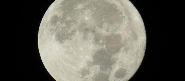 Free photo: Moon, Full Moon, Japan - Free Image on Pixabay - 1108686 - pixabay.com