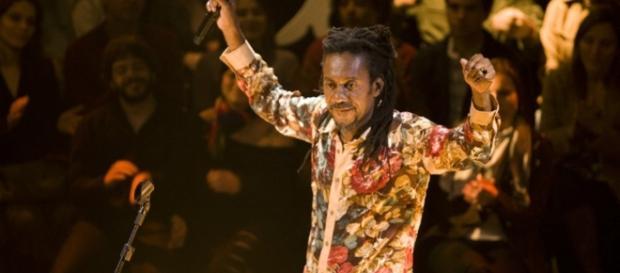 Luiz Melodia durante uma apresentação