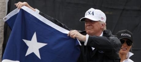 Tempête Harvey : Trump fait le show au Texas