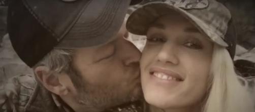 Blake Shelton and Gwen Stefani reportedly split. Photo by Entertainment Tonight/YouTube Screenshot