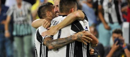 Calciomercato Juventus, la società cerca di blindare un top player