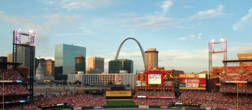 Cardinals Busch Stadium - Wikimedia Commons