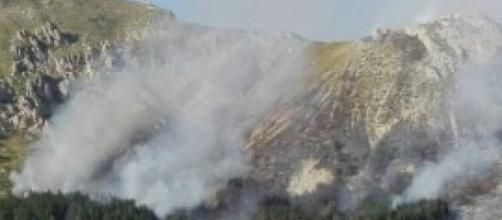 L'Abruzzo martoriato dagli incendi