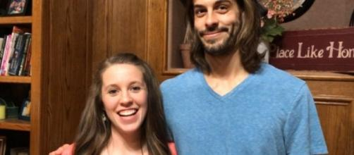 Jill Duggar, Derick Dillard want $6,500 for school and travel. Source Youtube TLC