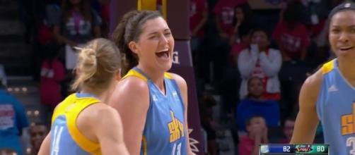 The Chicago Sky look to stay alive in their pursuit of a playoff spot with a win against the Dallas Wings. [Image via WNBA/YouTube]