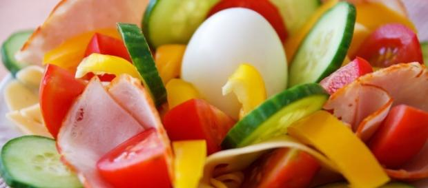 Comfort food a way to a healthy body a healthy vegetable salad for a healthy body pexelssearch forumfinder Gallery