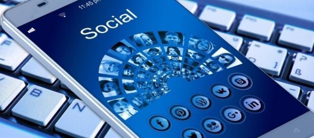Customer feedback helps social media marketers create more effective campaigns | Photo via Pixabay