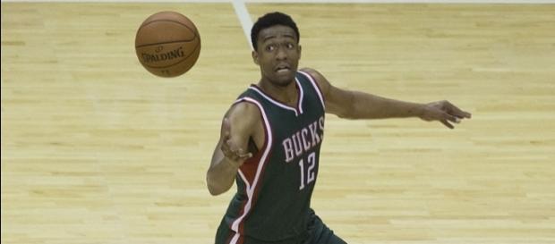 Milwaukee Bucks forward Jabari Parker is still rehabbing his left knee -- Keith Allison via WikiCommons