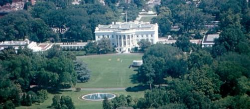 Aerial view of the White House / [Image by Roger W. via Flickr, CC BY-SA 2.0]