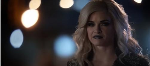 "Danielle Panabaker returns as Killer Frost in ""The Flash"" Season 4. (Photo:YouTube/Trailerz World)"