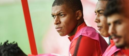 Mercato - PSG: le clan Mbappé confiant, Fabinho n'ira pas au clash - bfmtv.com
