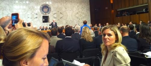Senate Judiciary Committee, Sen. Patrick Leahy (D-VT) swearing in Elena Kagan, 2010. / [Image by Jay Tamboli via Flickr, CC BY 2.0]
