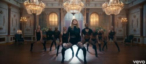 Taylor Swift / Photo via TaylorSwiftVEVO, YouTube screenshot