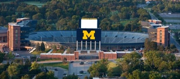 Michigan takes on Florida in Game 1 of the 2017 season [Image via Flickr]