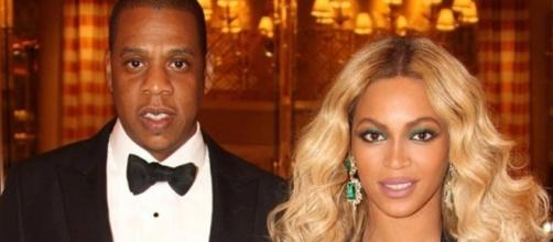 Beyonce and JAY-Z went on a romantic date night weeks after twins were born. [Photo via Beyonce/Facebook]