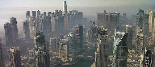 Dubai's marina has been troubled by another blaze (Image: Wikimedia Commons/Matteoserena)