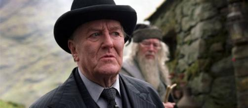 Harry Potter Star Robert Hardy Dies at Age 91 | E! News - eonline.com