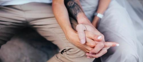Holding Your Partner's Hand Is an All-Natural Pain Reliever ... - rd.com