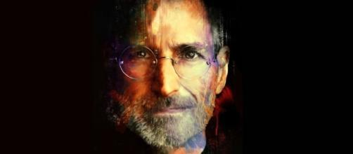 """The way Steve Jobs has changed the world"". La manzana del conocimiento: 61 años de Steve Jobs 