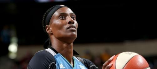 WNBA All-Star Sylvia Fowles achieved another double-double on Thursday night to help lead the Lynx to the win. [Image via WNBA/YouTube]