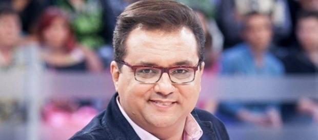 Apresentador do 'Domingo Show', Geraldo Luís