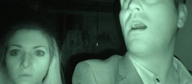 Fantasmi: Reynolds sente spettro nel pub