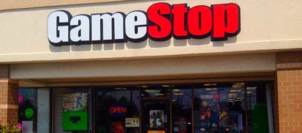 GameStop will keep its stores open on Thanksgiving Day this year / Photo via Mike Mozart, Flickr