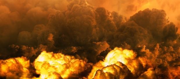 Nuclear war and destruction in case of a US strike.https://pixabay.com/en/nebula-apocalypse-disaster-end-time-2273069/