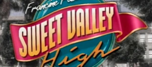 'Sweet Valley High' - YouTube screenshot   Sweet Valley High 1994/https://www.youtube.com/watch?v=JcmbBpPhNLI