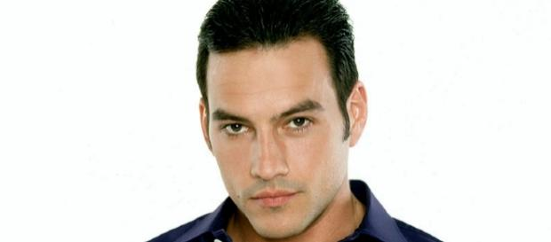 Tyler Christopher portrait from Fandom/Wiki