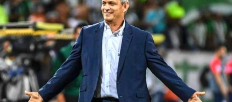 Flamengo avança na busca de um treinador