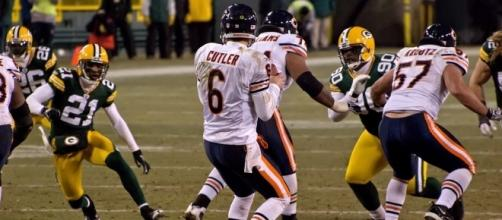 Jay Cutler - Lambeau Field - January 2, 2011 by Mike Morbeck via Flickr