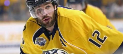 Nashville Predators captain Mike Fisher announced his retirement via heartfelt, long farewell message. [Image Credit: NewsChannel 5/Youtube]