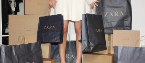 Zara ya tiene su propia bolsa de la compra ( foto: InStyleMx )