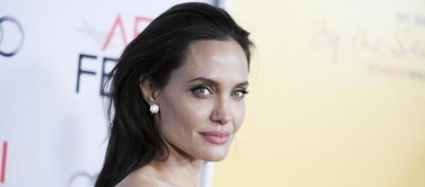 Angelina Jolie se afirma bissexual
