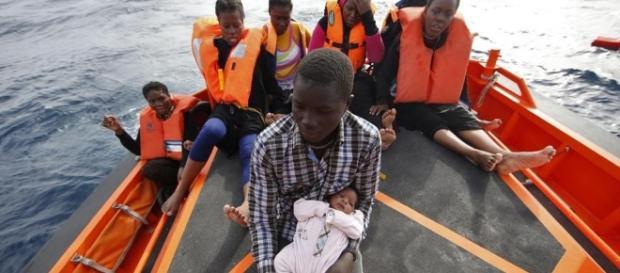 Bambini migranti , l'emergenza del secolo - La Stampa - lastampa.it