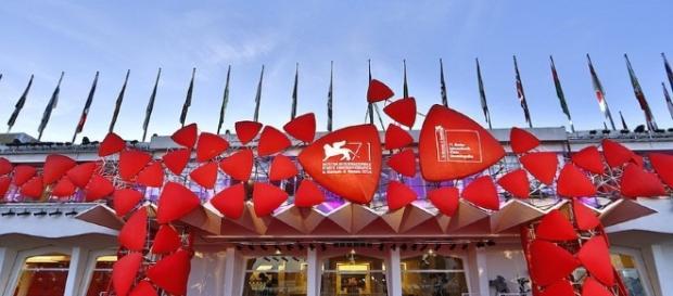 Le gaffe del 73° Festival del Cinema di Venezia - YouReporter.it - youreporter.it
