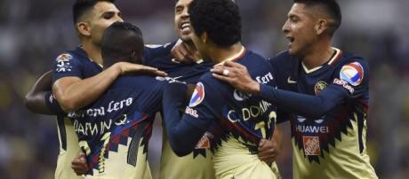 América gana su primer Clásico del torneo al derrotar a Pumas