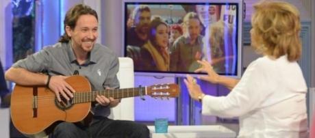 Pablo Iglesias le enseña a María Teresa Campos la nana que le ... - elconfidencial.com